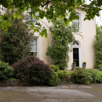 Brideweir House Rentals